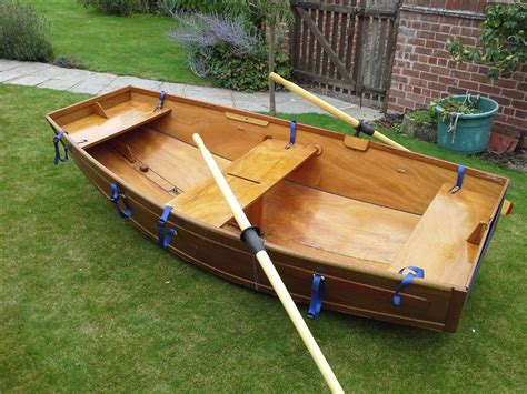 Folding Boat Gumtree by Amazing Compact Folding 10ft Wooden Boat Dinghy For On