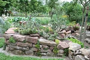 Trockenmauer Bauen Ohne Fundament : niedrige trockenmauer und ihr fundament mein sch ner ~ Lizthompson.info Haus und Dekorationen