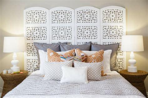 chambre style hindou tête de lit orientale pour une chambre chic et exotique
