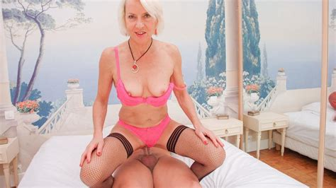 Amateur Euro French Mature Charly Sparks Has Hot Anal