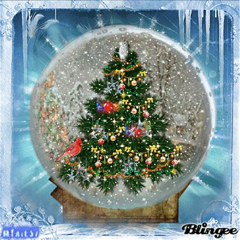 Animated Snow Globe Wallpaper - snow globe picture 119095716 blingee