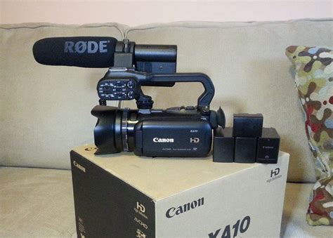 Canon Xa10 Canon Xa 10 64 Gb Camcorder With 4 Batteries And Rode