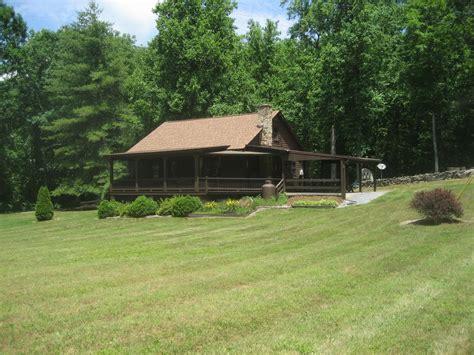 Fox Den Cabin Secluded Mountain Getaway Near Shenandoah
