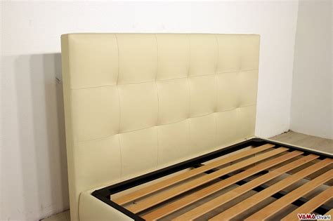 ladario design moderno letto matrimoniale con testata a quadri in pelle cuciti