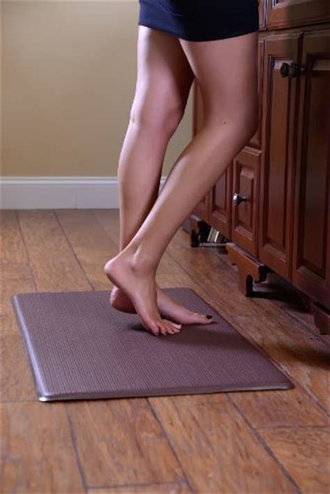standing desk floor mat anti fatigue mat that is great for a standing desk and