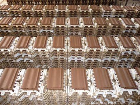 fabricant de tuile terre cuite dans les coulisses de la fabrication de la tuile terre