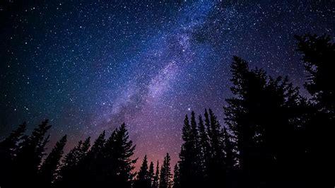 uppdaterad haer aer de foermoerkelser supermoons och meteorregn att se upp foer