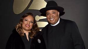 Rev. Run Family Comedy Gets Pilot Presentation Order From ...