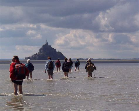 auberge st mont st michel 28 images crossing mont michel bay nearby tourism and leisure at