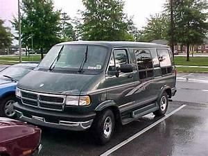 Rogersck 1996 Dodge Ram Van 150 Specs  Photos