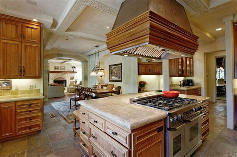 Center island with large stove   kitchen for BobBob