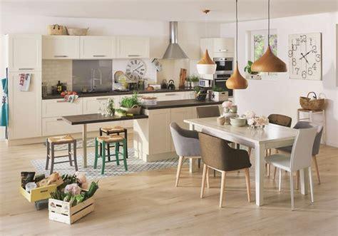 cuisine sienne cuisine îlot central 12 photos de cuisinistes côté maison