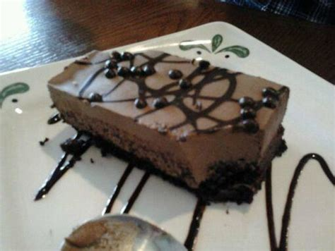 olive garden chocolate mousse cake chocolate mousse cake picture of olive garden bangor