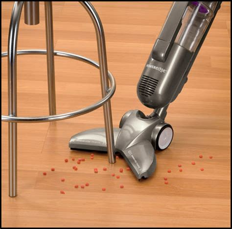 Bissell Hardwood Floor Vacuum Pet by I Ve Become A Happy Oh I A Happy