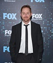 Scott Grimes Gives Us the Scoop on the Deep-Space Dramedy ...