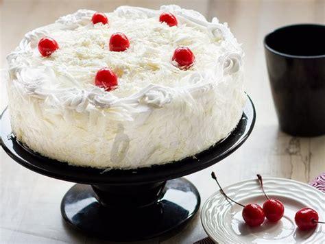 white forest cake white paradesia cake bakingo
