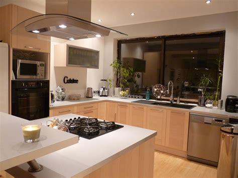 cuisine cr駮le la cuisine de 28 images l int 233 rieur de la cuisine restaurant les marines de