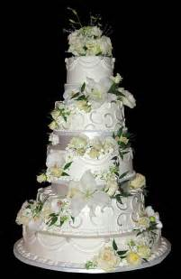 wedding cake ornament sports beautiful wedding cakes