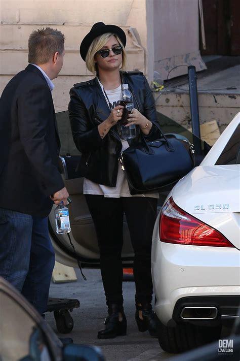 demi lovatos  mercedes sl celebrity cars blog
