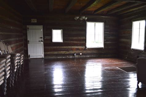 cabin living room kfp to the pioneer log cabin kentucky folklife program Empty