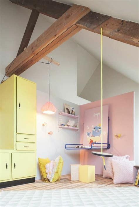 chambre bébé sous pente 80 astuces pour bien marier les couleurs dans une chambre