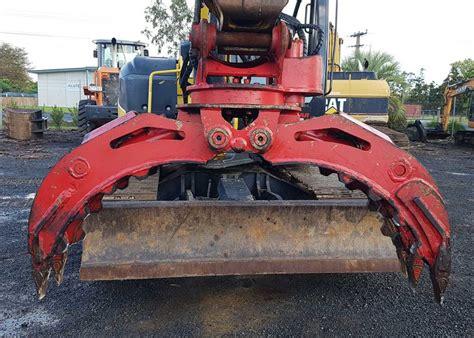 fixed rotating grapple robur hire excavator attachment hire