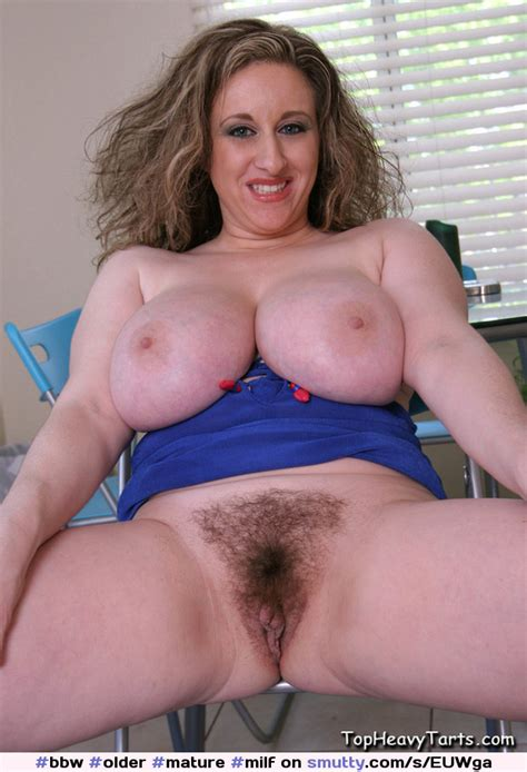 Older Mature Milf Chubby Kittylee Smiling Fat