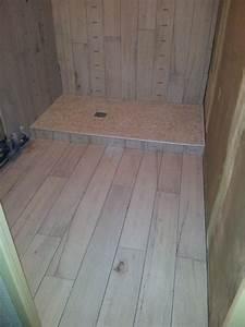impressionnant lambris bois dans salle de bain 3 With pose carrelage salle de bain sol
