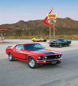 Cars of '71: The Mustang Boss 351   Team Valvoline