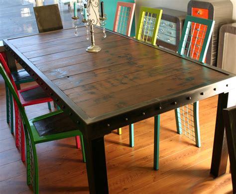 cuisine en teck table de repas bois et métal table haute métal table