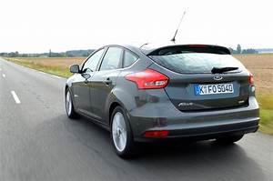 Ford Focus Ecoboost : 2015 ford focus reviews and rating motor trend ~ Melissatoandfro.com Idées de Décoration
