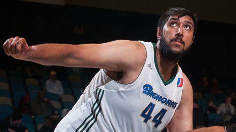 sim bhullar puts   points  rebounds  blocks