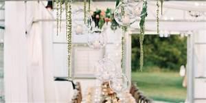 Fensterdeko Hängend Selber Machen : h ngende dekorationen f r eure hochzeit ~ Markanthonyermac.com Haus und Dekorationen