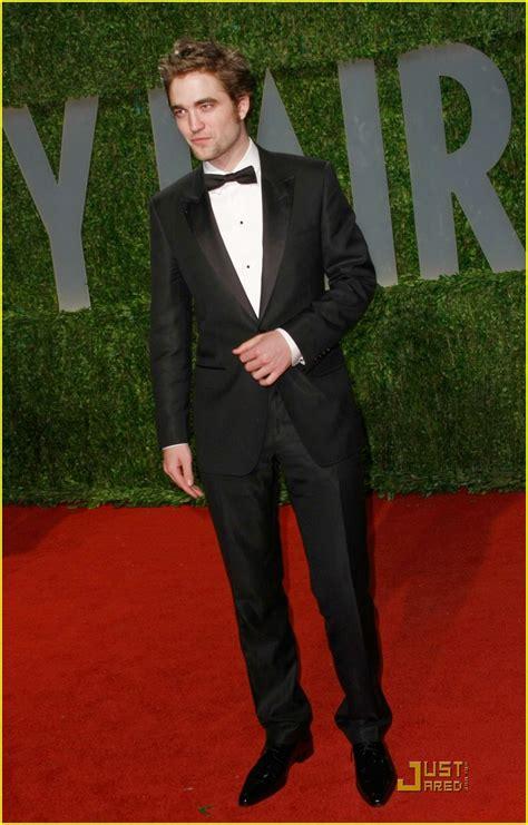Robert Pattinson: Oscars Are Insane! | Photo 80981 - Photo ...