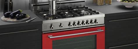 piani cottura colorati cucina monoblocco piano cottura e forno tutto in uno