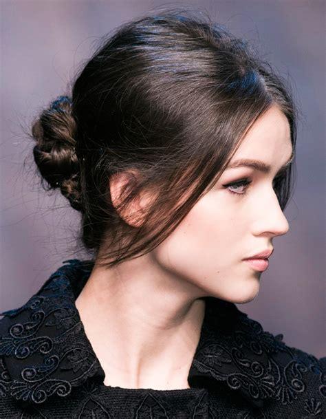 coiffure de soirée coiffure de soir 233 e chignon 40 coiffures de soir 233 e cool ou sophistiqu 233 es