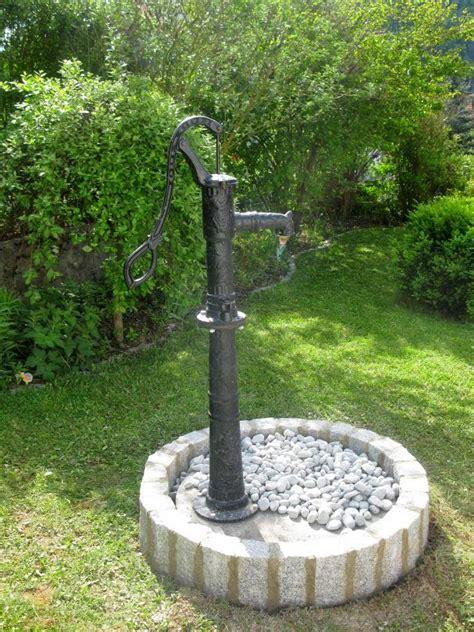 Zisterne Und Brunnen Im Garten by Plain White Eine Schwengelpumpe F 252 R Die Zisterne