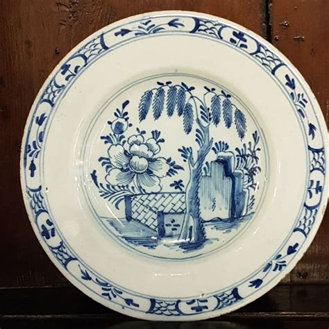fine  century english delft plate la
