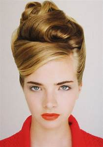 The 25+ best Retro updo hairstyles ideas on Pinterest Office updo, Updos for bobs and Simple