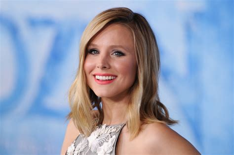 frozen princess kristen bell leaves voice mail  young
