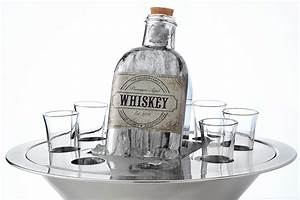 A Guide To Whiskey Decanters
