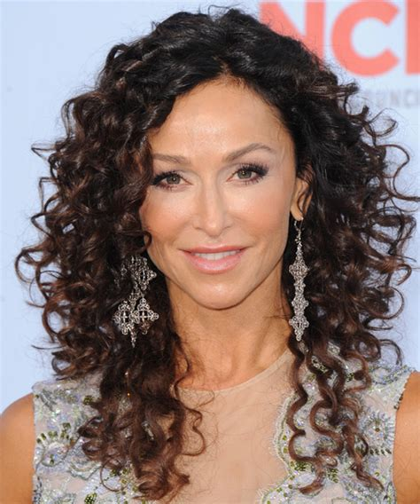 easy curly hairstyles for long hair long curly hairstyles beautiful hairstyles