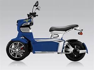 Scooter 3 Roues 125 : scooter lectrique des goodyear ego atypiques ~ Medecine-chirurgie-esthetiques.com Avis de Voitures