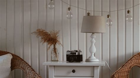 Download Wallpaper 3840x2160 Room Interior Camera Table