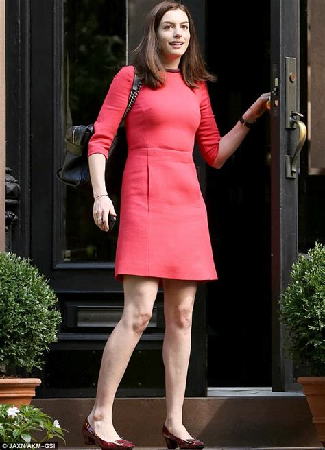 rene russo the intern black dress anne hathaway cuts a stylish figure in red sixties style
