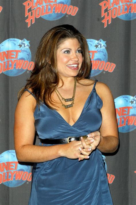 celebrity danielle fishel  pictures wallpapers