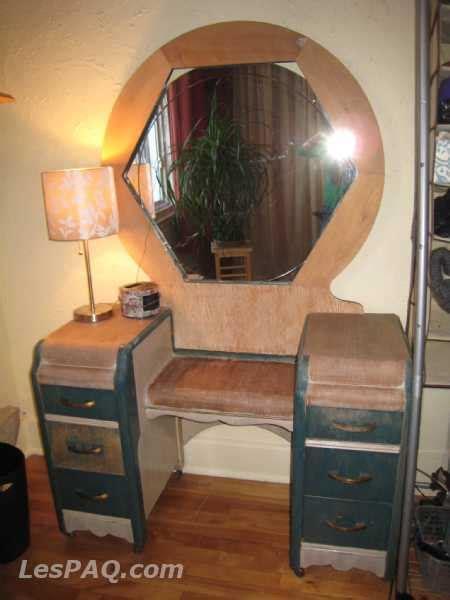 bureau à l ancienne coiffeuse rétro et bureau à l 39 ancienne marchandise