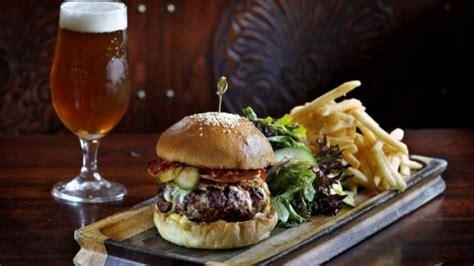 ten classic australian pub foods