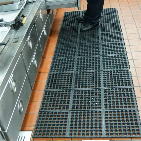 """Dura Chef Interlock"" Rubber Kitchen Mats"