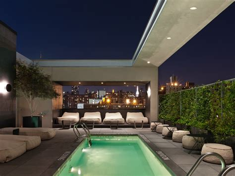 A Toast To The High Life Hip Roof Ridge Length How To Remove Rv Vent Screen Terracotta Tiles Per Square Metre Framing Plan Details Many Make A Meter Best Rooftop Bars In The Chicago Area What Do If Your Flat Is Leaking Building Mansard Construction